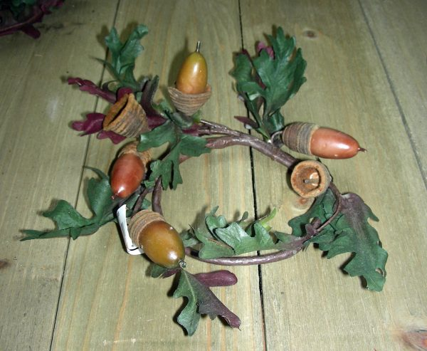 Acorn Ring Candle